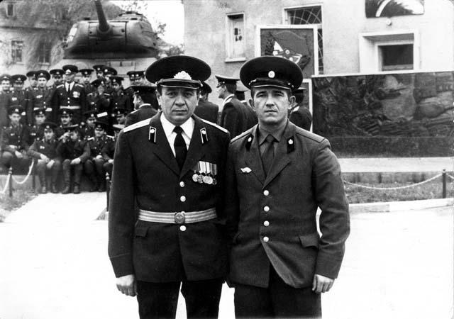 http://gsvg33.narod.ru/officer_2.jpg